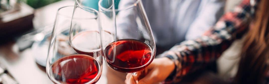 Вино и приятели